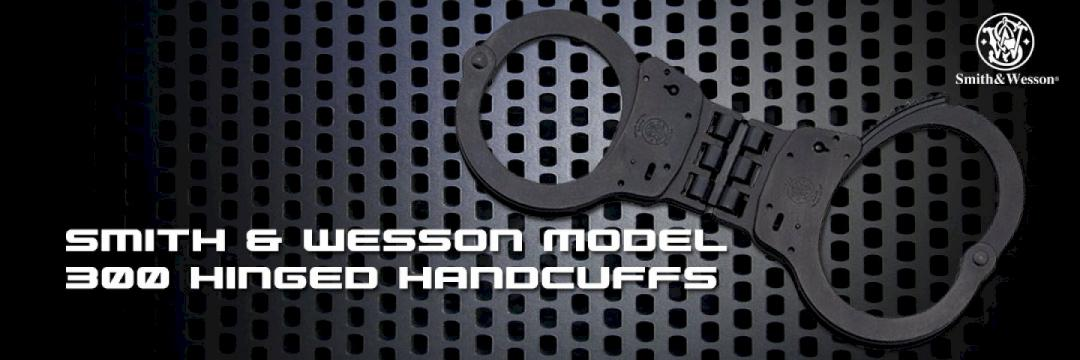 Smith & Wesson Model 300 Hinged Handcuffs